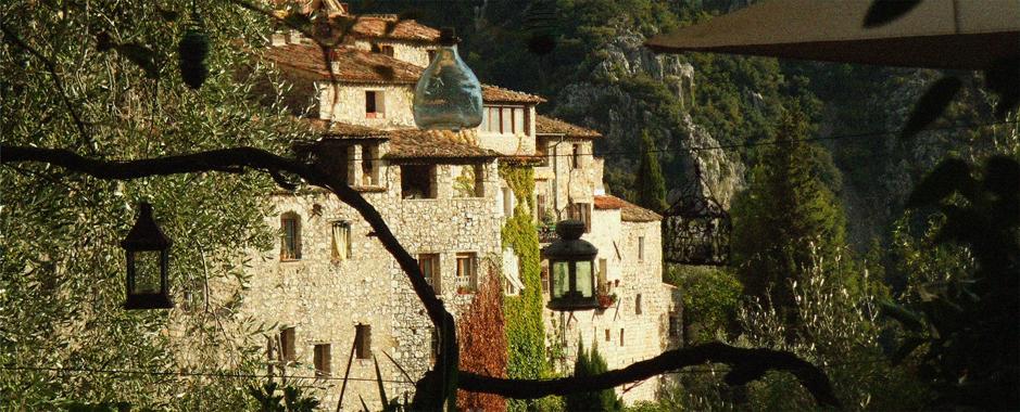 un village perché sur la Côte d'Azur